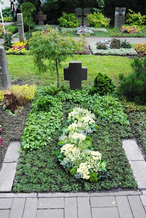 Grabgestaltung Dauergrabpflege Bayern